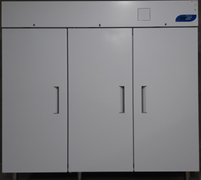Occasion Evermed LR 2100 S driedeurs laboratorium koelkast
